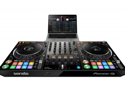 ddj-1000srt-frontangle-set-laptop